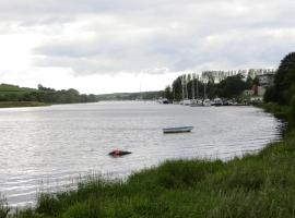 River View, holiday home in Coleraine