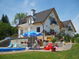 Návay Vendégház, hotel near Szantod Ferry, Tihany
