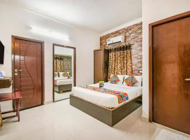 FabExpress St. Thomas Inn, hôtel à Chennai près de: Aéroport international de Chennai - MAA