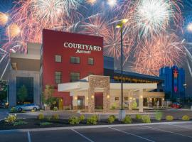 Courtyard by Marriott Niagara Falls, USA, hotel in zona Old Falls Street, Niagara Falls