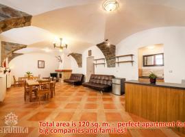 Perunika Apartment in Prague, hostelli Prahassa