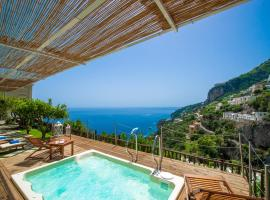 Villa Lauro Old Chapel, hotel with jacuzzis in Amalfi