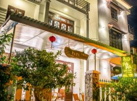PaPa Villa Homestay, hotel in Hoi An