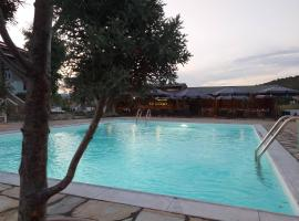 Caretta Village, hotel in Toroni