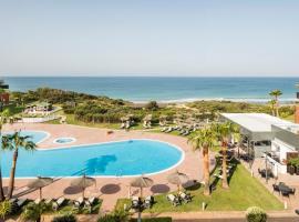 Ilunion Calas de Conil: Conil de la Frontera'da bir otel