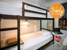 Sindy's Hostel, hotel near Tiffany Cabaret Show, Pattaya
