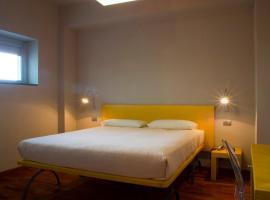 San Lorenzo Si Alberga, hotell i Camigliatello Silano