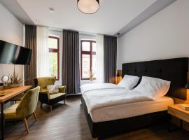 360 Grad Hotel & Bar, Hotel in Leer
