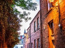 Palace Street Apartments, hotel near The Craft Village, Derry Londonderry