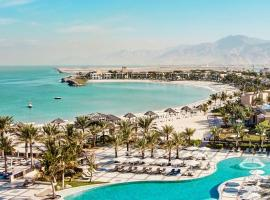 Hilton Ras Al Khaimah Beach Resort, beach hotel in Ras al Khaimah
