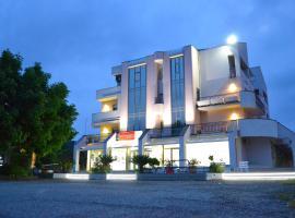 Hotel Residence Le Ceramiche, Hotel in Montalto Uffugo