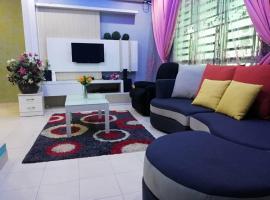 Anggun Inap Homestay, family hotel in Kepala Batas