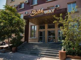 Silk Way Hotel, hotel in Aktau
