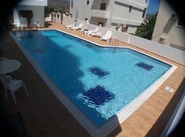 Iolkos Hotel, hotel in Karpathos