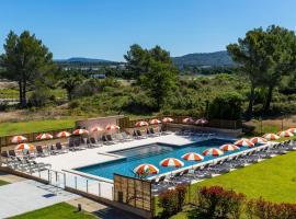 Grand Prix Hôtel & Restaurant, hotel near Dolce Frégate Golf Club, Le Castellet