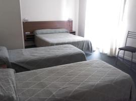 Real Splendid Hotel, hotel near Ministro Pistarini International Airport - EZE, Buenos Aires