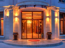 Kristel Hotel, отель в Святых Константине и Елене