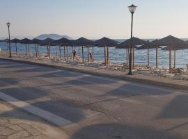 SUNSET HOTEL: Neos Marmaras şehrinde bir otel