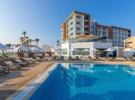 Leonardo Crystal Cove Hotel & Spa – Adults only, hotel near Kalamies Beach, Protaras