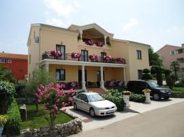 Villa Rustika, hotel in Malinska