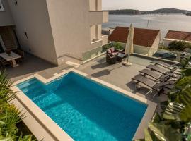 Villa Rogoznica, hotel with pools in Rogoznica
