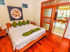 Kamala Falls Residential Resort, apartment in Kamala Beach