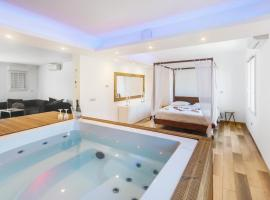 Suite Pointe Rouge Jacuzzi SPA, hotel with jacuzzis in Marseille