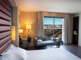 Pestana Arena Barcelona, hotel near Magic Fountain of Montjuic, Barcelona