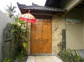 DHM Surf Villa, villa in Kuta Lombok