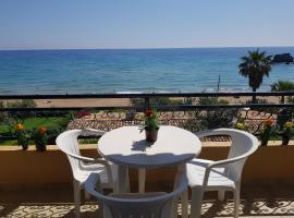 Glyfada Apartment AA5 25, pet-friendly hotel in Glyfada