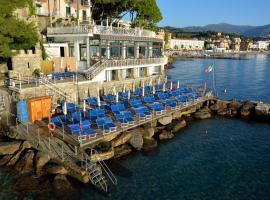 Hotel Arc En Ciel, hotel a Diano Marina