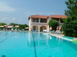 Kamari Apartments, pet-friendly hotel in Acharavi