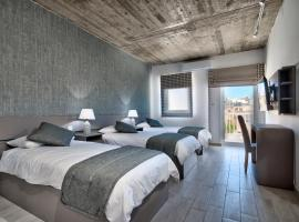 Cozy Rooms Hotel, hotel near St. Paul's Cathedral, Sliema