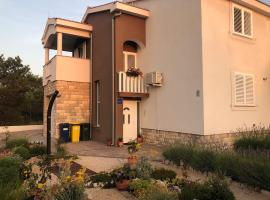 Apartments Elvira, budget hotel in Zaton