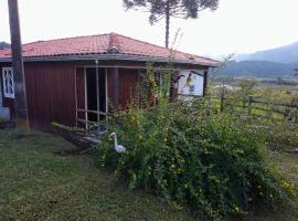 Casa de Sítio Rancho crioulo, holiday home in Urubici