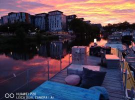 Appartement sur l'Eau, boat in Nantes