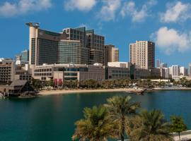 Beach Rotana – All Suites, căn hộ ở Abu Dhabi