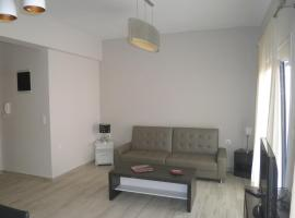 CENTRAL LUXURIOUS SUITE NEAR LIGHTHOUSE, apartment in Alexandroupoli