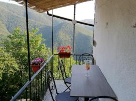 Home Holidays Crasciana, hotel in Bagni di Lucca