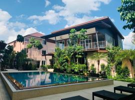 SnowHouse Aonang Krabi, guest house in Ao Nang Beach