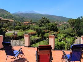 Villa Vulcano, tra l'Etna e il mare, lodge in Zafferana Etnea