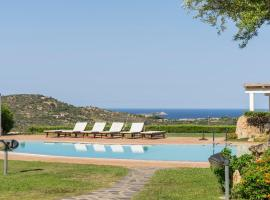 Residenza Roccarosa, hotel with jacuzzis in San Teodoro