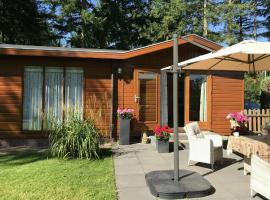 A Cosy Chalet in Vorden by the Forest, hotel in Vorden