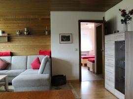 """Ferienwohnung Haus am Dürrberg """"St. Barbara"""", Hotel in der Nähe von: Hempelsberglift, Warmensteinach"""