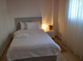 A & D Houses, hotel in Patra