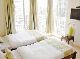 Pvt Suite Bedroom at BKC, Kalina, apartment in Mumbai