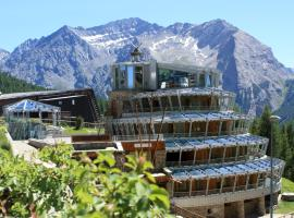 Hotel Shackleton Mountain Resort, hotel a Sestriere