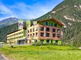 Explorer Hotel Ötztal, hotel in Umhausen