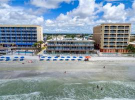 Sandalwood Beach Resort, hotel in St Pete Beach