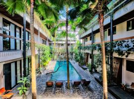 Outpost Ubud Penestanan Coworking & Coliving, hotel in Ubud